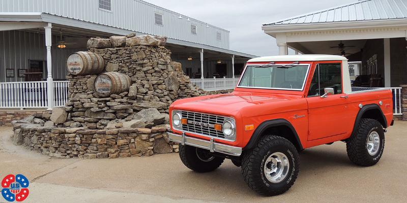 Ford Bronco Vintage 1 Piece Cast Indy - U101 Truck